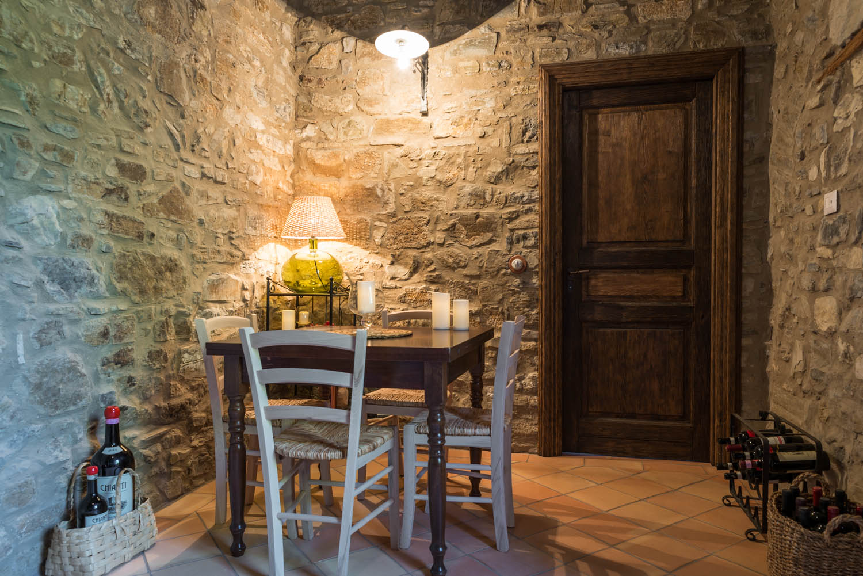 Tavernette In Pietra